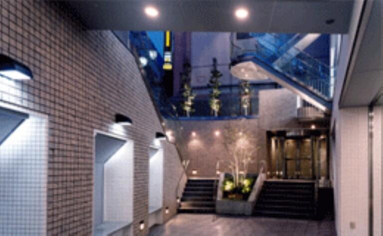 エルフレア駒沢(スカイテラス・外観・1階エレベーターホール・地下ガーデン)