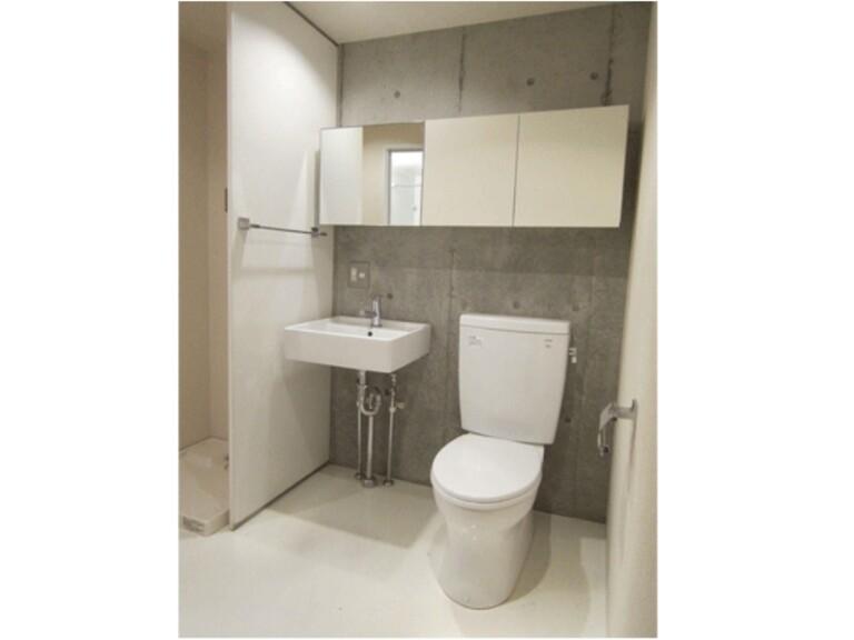 raffino tamagawa(5階メゾネットタイプ 洗面台&トイレ)