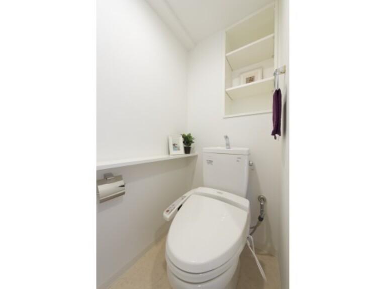 M CROSS(トイレ ※モデル家具は賃貸に含まれません。 )