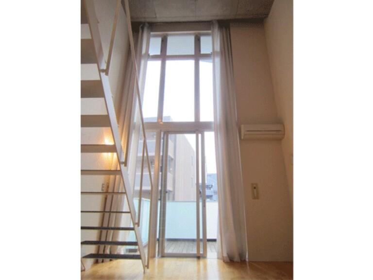 raffino tamagawa(5階メゾネットタイプ 南側室内)