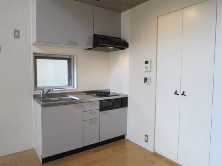 raffino tamagawa(5階メゾネットタイプ キッチン)