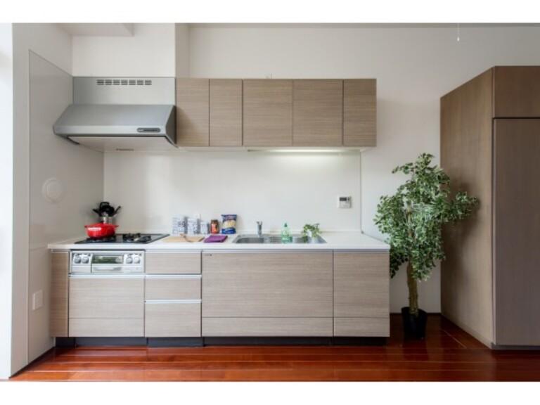KINOWA(キッチン(家具・調度品は賃貸に含まれません))