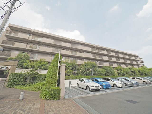 プラザクレスト横浜上永谷(外観)
