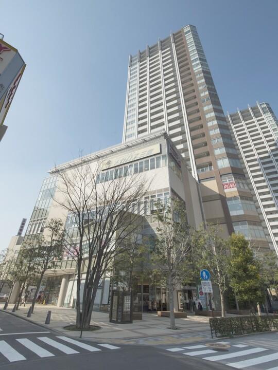 武蔵野タワーズスカイゲートタワー(外観)