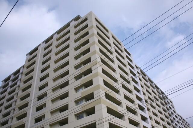 ガーデンアソシエB棟(外観)