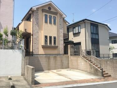 神奈川県横浜市青葉区荏田西2丁目(駐車場2台分ございます♪※サイズ要確認。※ウッドデッキは撤去します)