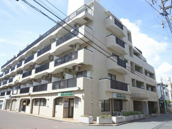 ファミーユ第2前川ビル(外観)