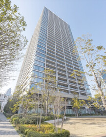 GLOBAL FRONT TOWER