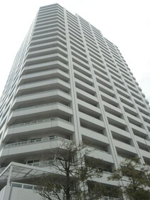 ニューシティ東戸塚タワーズシティパークタワー東戸塚(外観 鉄筋コンクリート造陸屋根地下4階付32階建)