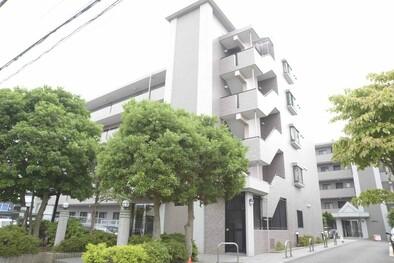 新横浜ガーデンコート Aサイド(外観)