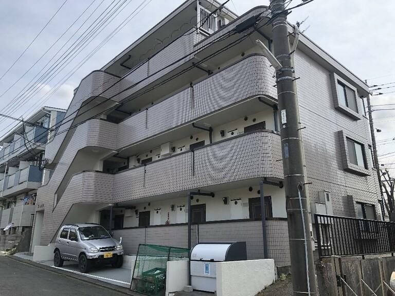 東京都八王子市絹ケ丘1丁目(建物外観)